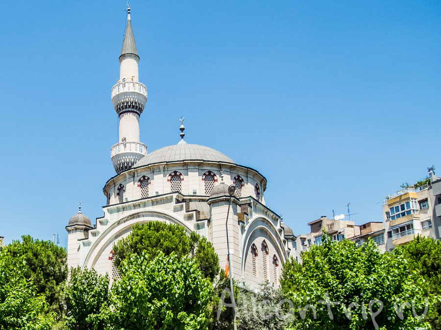 мечеть в измире
