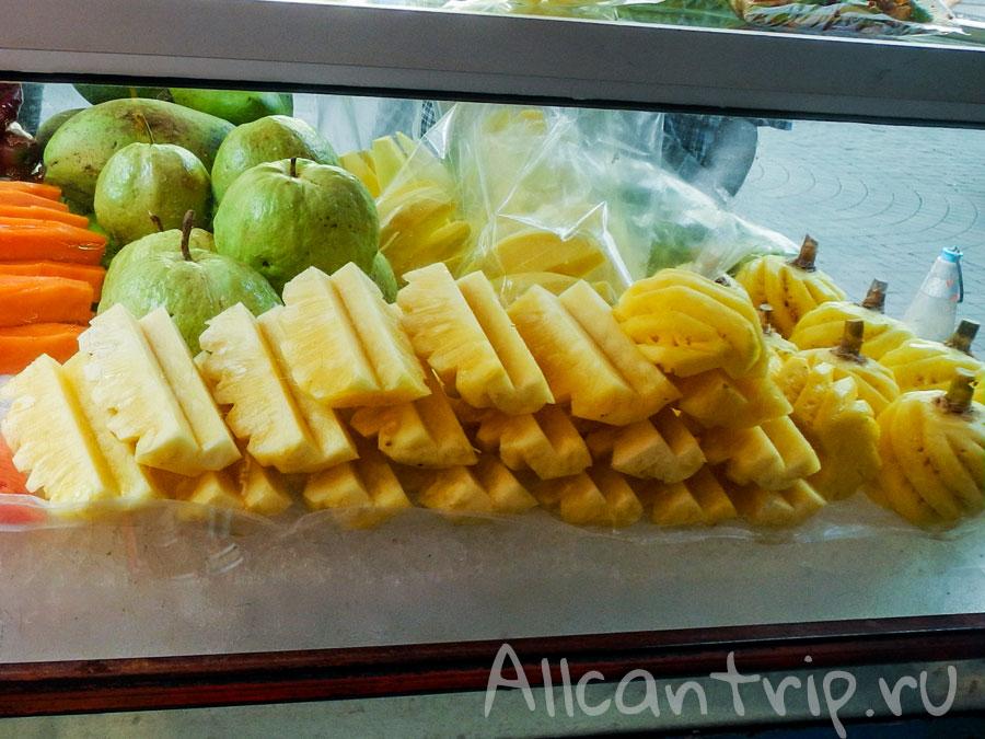 ананас нарезанный
