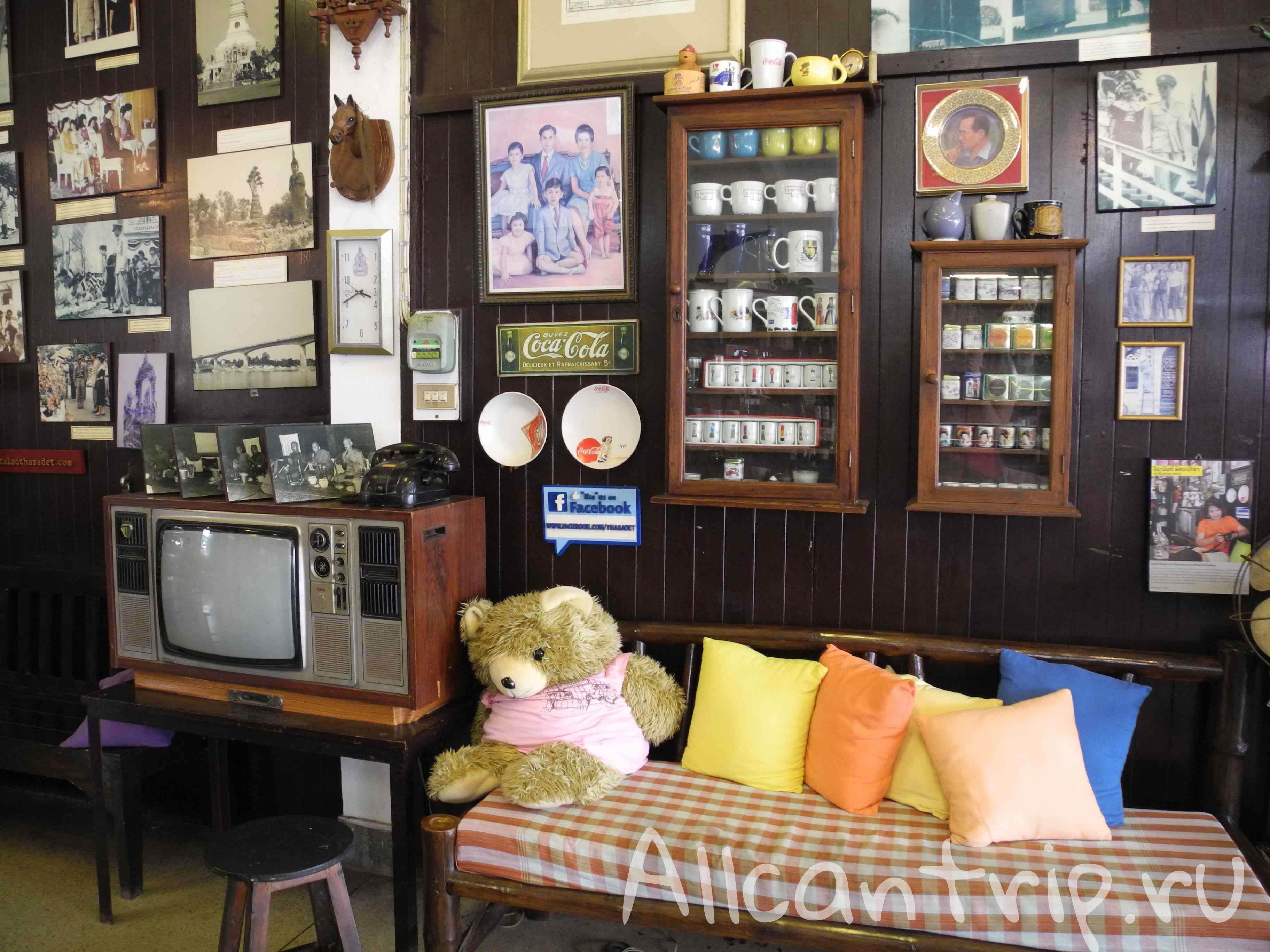 в кафе города Нонг Кхай
