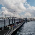 Галатский мост в Стамбуле – рыбалка на Босфоре или романтичная прогулка?