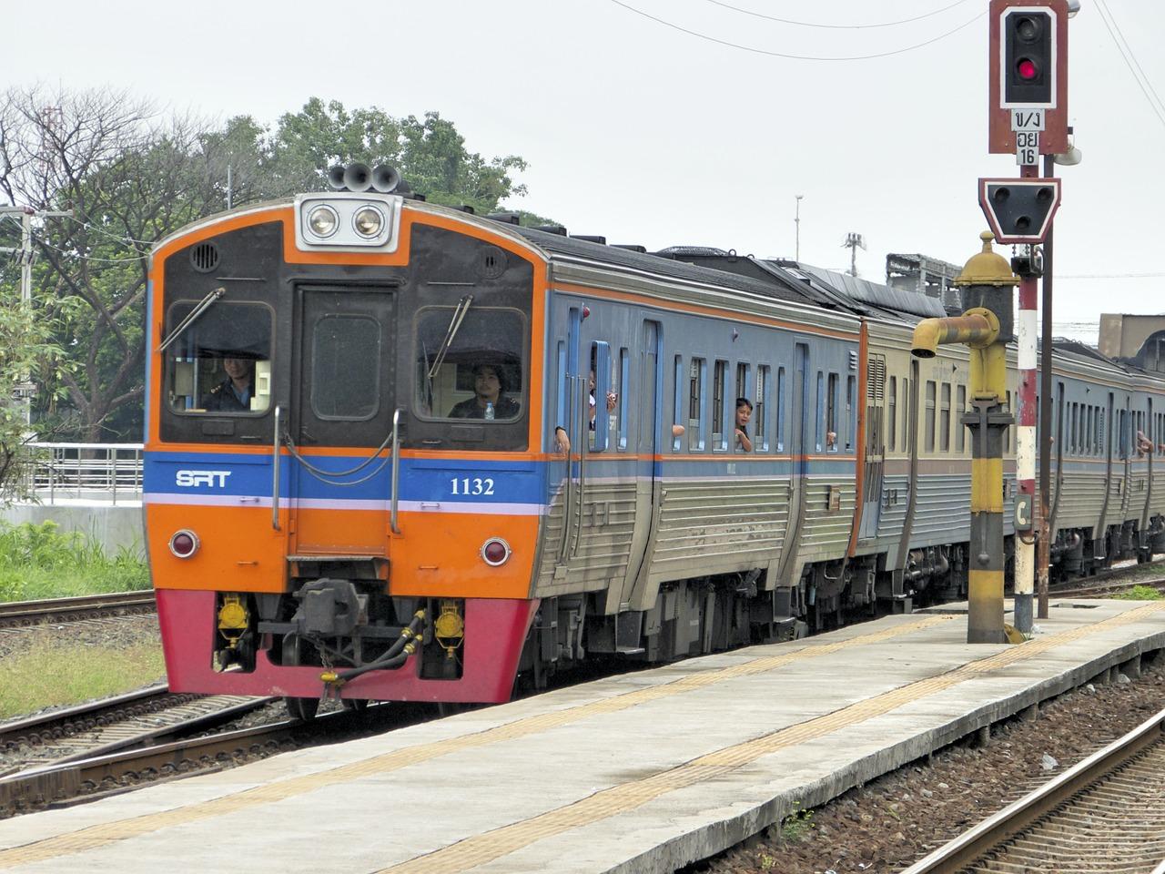 поезд в чиангмай