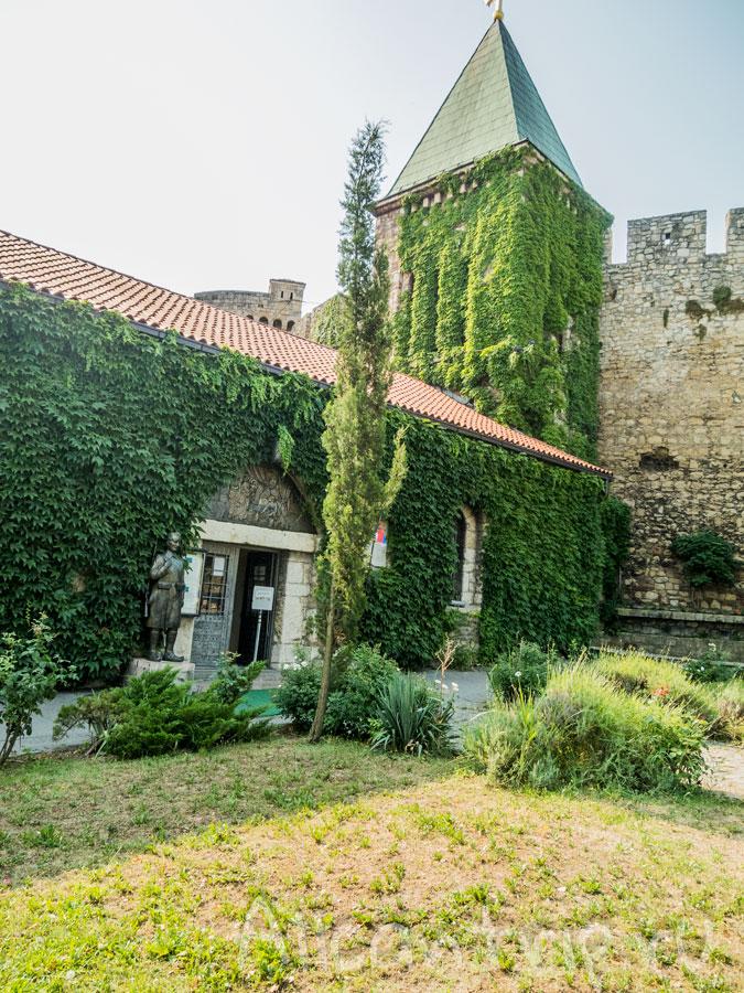 крепость калемегдан церковь