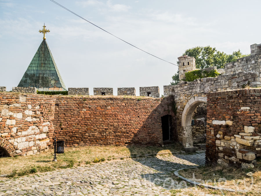 крепость в сербии белград