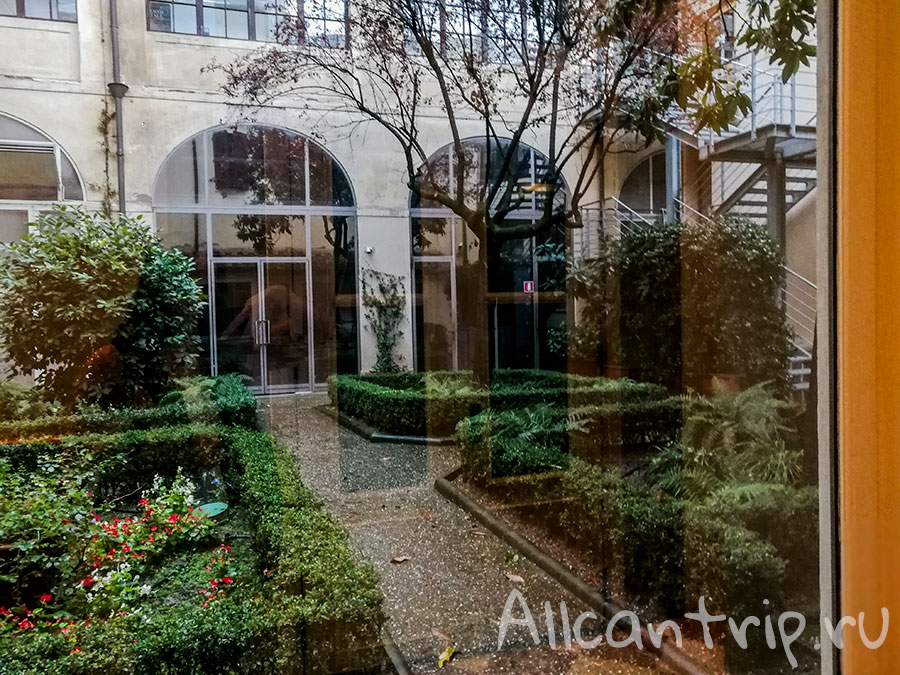 галерея академии флоренция двор