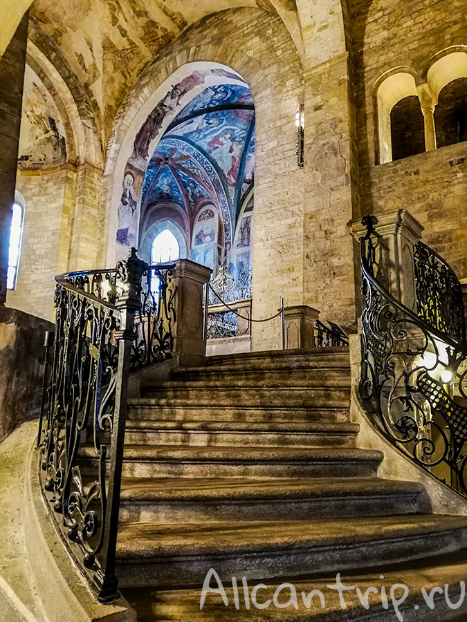 базилика Святого Георгия пражский град