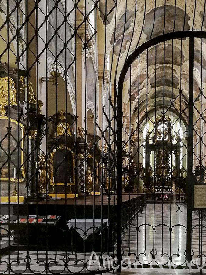 страговский монастырь в праге фото