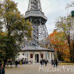 Петршинская башня в Праге – отличная смотровая площадка в живописном месте