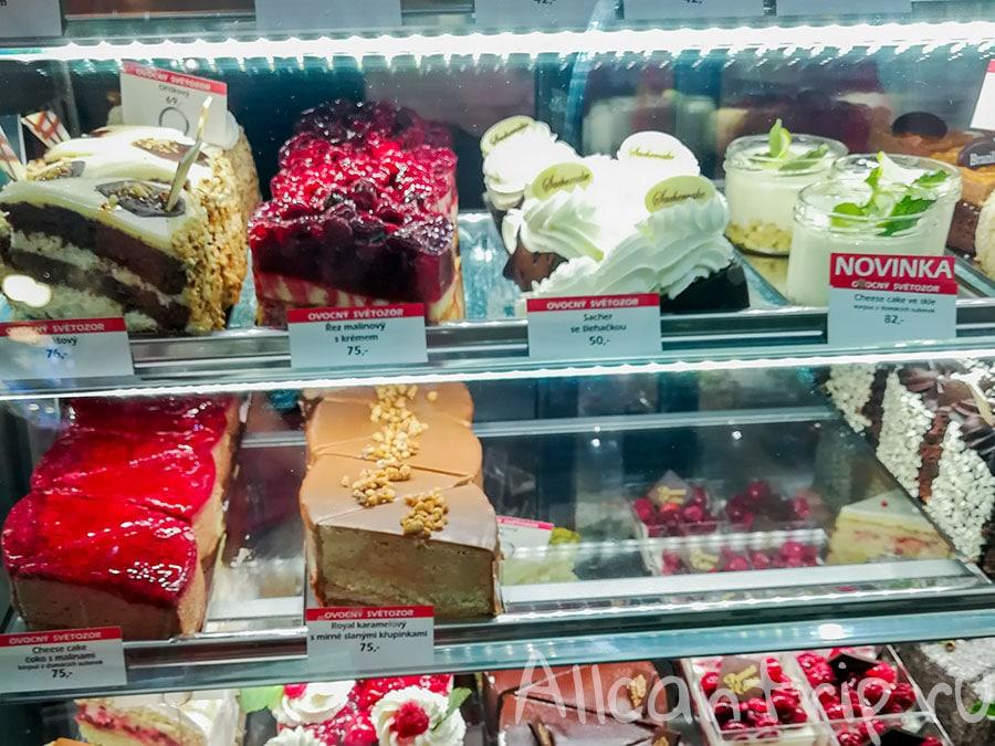 вкусные пирожные в праге