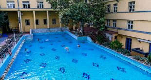 купальня лукач открытый бассейн
