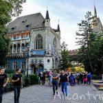 Стоит ли идти в замок Вайдахуняд в Будапеште – виды с башни, парк и сказочная архитектура