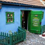 Золотая улочка в Праге – тайны алхимиков, необычные музеи и крошечные комнаты