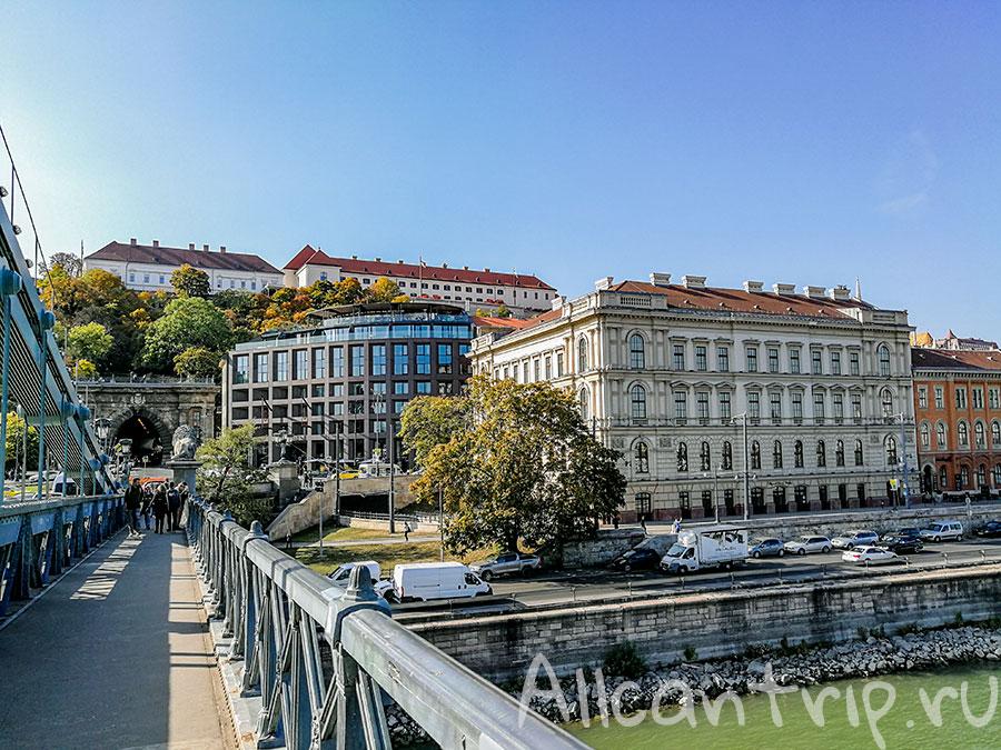 цепной мост в Будапеште фото